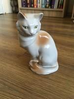 Jelzett Drasche porcelán macska