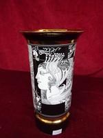 Hollóházi porcelán váza Szász Endre rajzaival, 26 cm  magas.