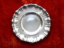 Ezüst tál, hólyagmintás szélű, 1930-as évek vége, dianás magyar fémjel, átm. 21,5 cm, 210 g