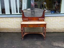 Bieder fésülködő asztal