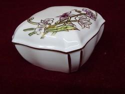Zsolnay porcelán gyönyörű ékszertartó. Típusszáma 9421/1/178.