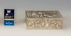 Ezüst juharlevél mintás doboz