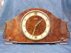 Junghans,kandalló óra 1930-as évek negyedütős, pontos működés, Westminster dallam.