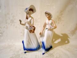 2 db nagyon szép kalapos nő virággal, virágkosárral Arpo porcelán