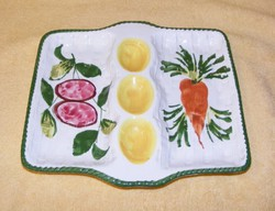 Olasz tojás- és zöldség kínáló tál