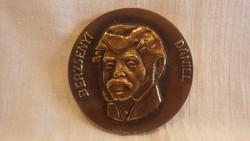 Berzsenyi Dániel bronz plakett Berzsenyi emlékmúzeum Nikla 1976 (1)