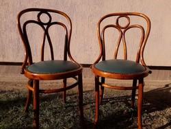 2 db Thonet szék. No.19