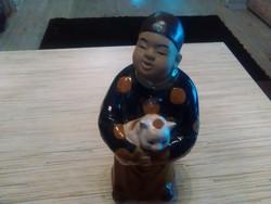 Keleti kerámia szerzetes cicával.