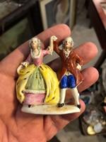 Alt Wien gyönyörű táncos pár, 6 cm-es, porcelán, ajándéknak