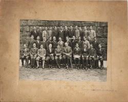 Régi osztálykép vastag kartonon. 4. Botfan foto