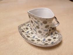 Valentin napra vagy csak úgy! :) Szív alakú jelzett eszpresszós csésze aljjal. Sosem használt!