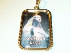 Boldogságos Szűz Mária jelenése Knock zarándokhely emlék töltött Arany GF. Medál