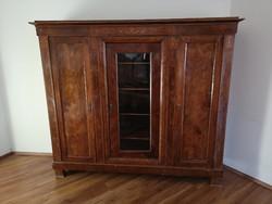 Antik Biedemeier 3 ajtós intarziás vitrines ruhásszekrény (szekrény)