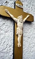 7. Antik, ELEFÁNTCSONT Jézus Krisztus (9cm), 22cm feszület, impozáns, trópusi fa kereszt, korpusz.