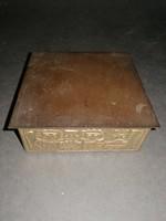 Iparművész (?) fa doboz réz borítással - EP
