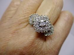 Szépséges 1.11ct gyémánt arany gyűrű