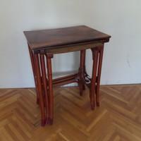 3 db Thonett asztal, együtt