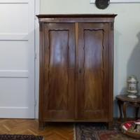 Biedermeier kétajtós diófa szekrény