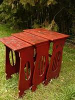 Faragott, nagyon ritka 3 darabos, egymásba rakható antik szecessziós asztalka garnitúra egyben