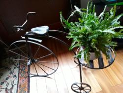 Háromkerekű bicikli  virágtartó rézötvözet