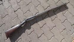 Duplacsövű gyúpeckes vadászpuska, mesterjeggyel, damaszk csővel