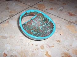 Különleges forma kis tálka jelzett darab