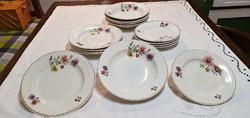 Híres porcelángyárból, 16 db., kézzel festett, antik tányér, az 1920-as évekből.