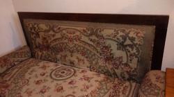 Régi kanapé