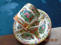 Famille Rose kézzel festett aranyozott kávés csésze alátéttel