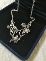 Gyönyörű ezüst kézműves nyakék Anriettnek!