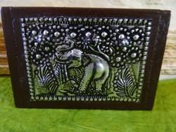 Elefántos fa ékszertartó