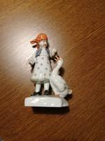 Herendi porcelán piros pöttyös kendős lány libával