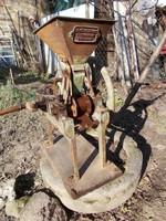 Régi nagy (bolti) mákdaráló gép, Gömöry szabadalma