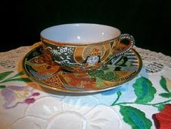 Különleges és ritka Japán tojáshéj Satsuma porcelán tűzzománcozott jelenetes teás csésze és tálka