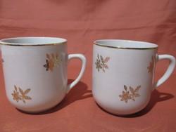2 db csehszlovák bögre arany színű virágokkal, csésze