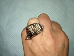 Fekete arany köves nagy méretű antik női ékszer, láncos kerámia gyűrű