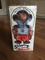Skipping monkey japán