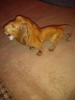 Szep vintage  porcelan oroszlan