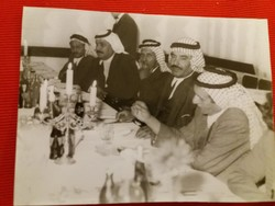 Régi foto.A Líbiai küldöttek Szegeden a 70-s évek elején a trolivonalak építésének tárgyalásakor