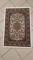 Gépi csomózású iráni szőnyeg