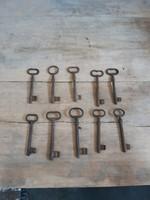 10 db régi kulcs