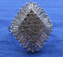 Alkalmi ezüst gyűrű sok csillogó kő 925