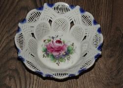 Romantikus, rózsás, áttört porcelán kínáló