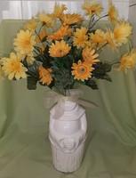 Fehér váza, mázas kerámia, szerzetes formájú váza