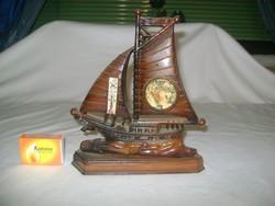 Retro vitorlás hajó - szuvenír, emléktárgy