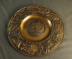 Régi réz , vagy bronz vadászjelenetes falitányér ,hubertus feirat