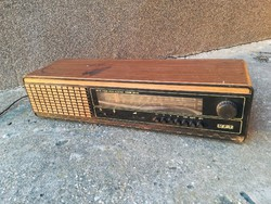 RFT Saturn MR 422 régi rádió