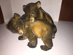 Porcelán medvék