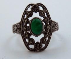 Antik zöld köves cizellált ezüst gyűrű 925