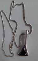 Erős ezüstlánc,különleges borostyán medállal (9,2g)